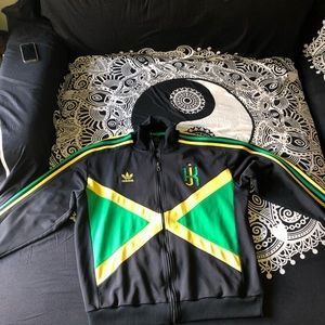 adidas Jackets & Coats - Rare Adidas Jacket